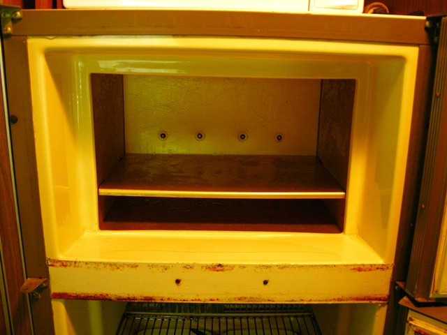Manually Defrosted Freezer 8 August 2010