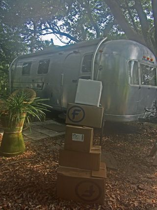Packing up the Airstream 4 August 2011