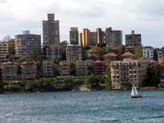 Across_the_harbour_from_the_sydney_