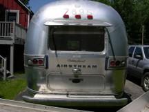 Airstream_living_room_window_2